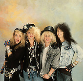May 08, 1987: POISON - Photosession in London