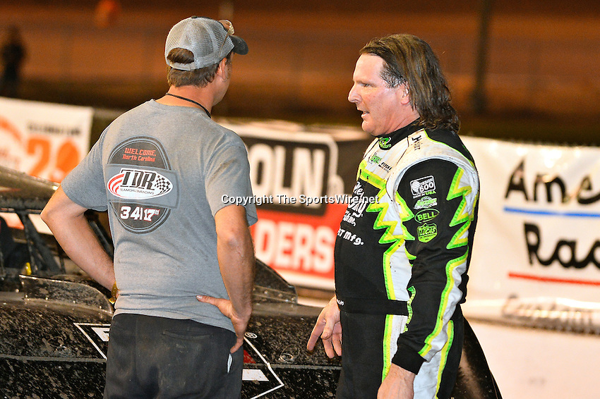 Feb 20, 2014; 9:51:53 PM;  Barberville, FL, USA;  World of Outlaws Late Model Series for 43rd Annual DIRTcar Nationals presented by Summit Racing Equipment at Volusia Speedway Park.  Mandatory Credit: (thesportswire.net)
