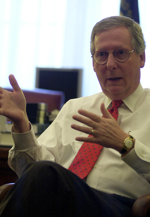 mm1/010303 - Sen. Mitch McConnell, R-Ky., Majority Whip