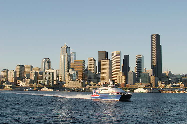 Seattle, Victoria Clipper, Seattle skyline, Washington State, Puget Sound, Elliott Bay, Pacific Northwest, High-speed passenger ferry service from Seattle to Victoria, British Columbia.