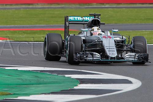 10.07.2016. Silverstone, England. Formula One British Grand Prix, race day.  Mercedes AMG Petronas Formula One Team driver Lewis Hamilton.