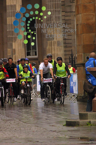 Skyride Glasgow Sir Chris Hoy and Ross Edger