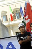 Roma 28 Luglio 2010.Piazza Monte Citorio.Lavoratori dell'Alcoa Sardegna e Sindaci manifestano di fronte al Parlamento .Workers Alcoa Sardinia and mayors protest before Parliament.