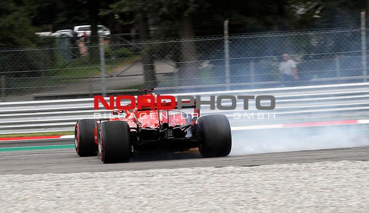 31.08.2018, Autodromo di Monza, Monza, FORMULA 1 GRAN PREMIO HEINEKEN D'ITALIA 2018<br />,im Bild<br />Abflug von Sebastian Vettel (GER#5), Scuderia Ferrari in der Parabolica<br /> <br /> Foto © nordphoto / Bratic