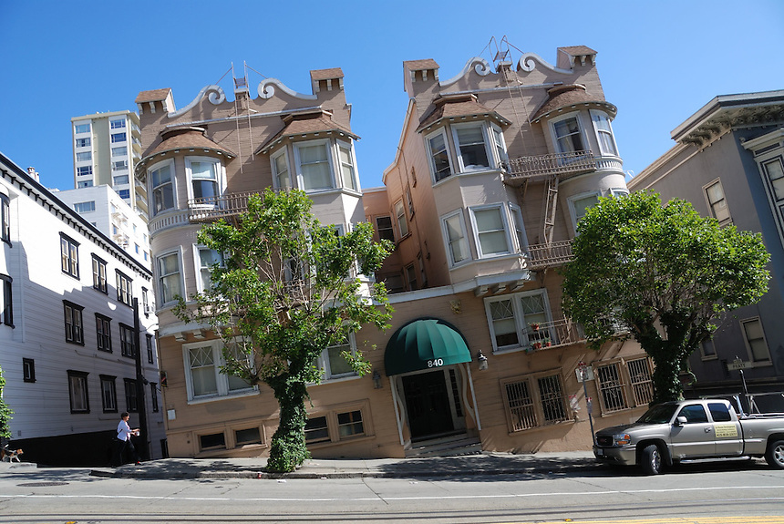 With the camera tipped to line up with the street, a San Francisco apartment building takes on a slanted look. Ernie Mastroianni photo.