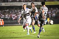 ATENÇÃO EDITOR: FOTO EMBARGADA PARA VEÍCULOS INTERNACIONAIS SÃO PAULO,SP,28 NOVEMBRO 2012 - COPA SULAMERICANA - SÃO PAULO (BRA) x UNIVERSIDAD CATÓLICA (CHI) - Luis Fabiano jogador do São Paulo  durante partida São Paulo x Uniersidad Católica  válido pelas semi final  da copa sulameircana no Estádio Cicero Pompeu de Toledo  (Morumbi), na região sul da capital paulista na noite quarta feira (28).(FOTO: ALE VIANNA -BRAZIL PHOTO PRESS).