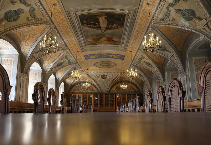 Bei der Buchmesse in Leipzig 2017 ist Litauen Gastland und will raus aus der Nische. Bild: Ein Saal in der Vilniuser Universität, in der auch Nobelpreisträger Czeslaw Milosz studierte.