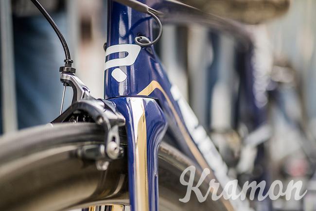 Gold&amp;blue Aquablue team bikes<br /> <br /> 57th Brabantse Pijl - La Fl&egrave;che Braban&ccedil;onne (1.HC)<br /> 1 Day Race: Leuven &rsaquo; Overijse (197km)