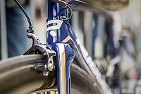Gold&amp;blue Aquablue team bikes<br /> <br /> 57th Brabantse Pijl - La Fl&egrave;che Braban&ccedil;onne (1.HC)<br /> 1 Day Race: Leuven &rsaquo; Overijse (197km)