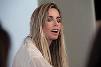 PIRACICABA,SP - 09.09.14 - DESFILE FASHION SHOW A modelo internacional e apresentadora Mariana Weickert abriu o desfile Fashion Show com um bate papo com os cerca de 200 convidados presentes no Shopping Piracicaba nesta terça-feira,09 ( Foto: Mauricio Bento / Brazil Photo Press )