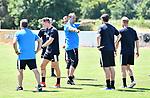 2018-07-15 / Voetbal / Seizoen 2018-2019 / Supporters groeten Lyra-Lierse op training / Tom Schipper geeft richtlijnen<br /> <br /> ,Foto: Mpics
