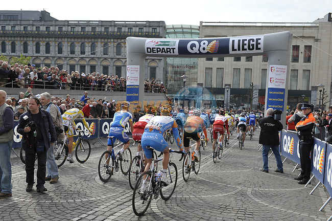 The start of the 95th running of Liege-Bastogne-Liege cycle race, running 261km from Liege to Ans, Belgium. 26th April 2009 (Photo by Eoin Clarke/NEWSFILE)