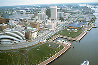 1983 June..Redevelopment.Downtown South (R-9)..WATERFRONT.LOOKING EAST.TOWN POINT PARK.WATERSIDE...NEG#.NRHA#..