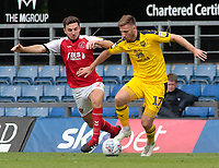 Fleetwood Town's Lewis Coyle battles with Oxford United's James Henry<br /> <br /> Photographer David Shipman/CameraSport<br /> <br /> The EFL Sky Bet League One - Oxford United v Fleetwood Town - Saturday August 11th 2018 - Kassam Stadium - Oxford<br /> <br /> World Copyright &copy; 2018 CameraSport. All rights reserved. 43 Linden Ave. Countesthorpe. Leicester. England. LE8 5PG - Tel: +44 (0) 116 277 4147 - admin@camerasport.com - www.camerasport.com