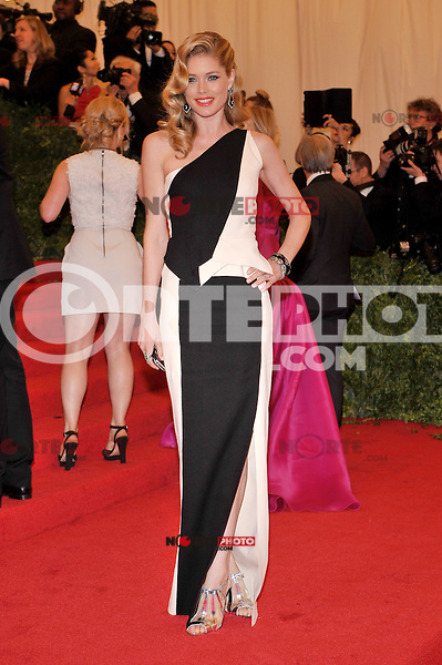 Doutzen Kroes at the 'Schiaparelli And Prada: Impossible Conversations' Costume Institute Gala at the Metropolitan Museum of Art on May 7, 2012 in New York City. ©mpi03/MediaPunch Inc.