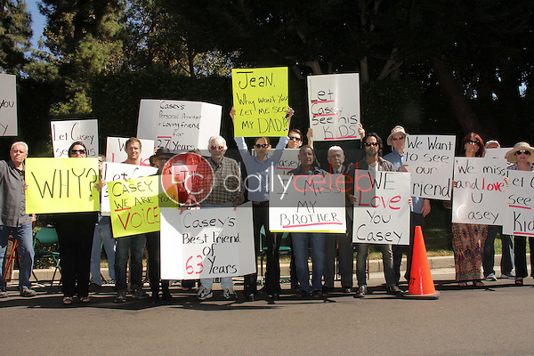 Detective Ted Ball, Wafa Kanan, Josh Summers, Eilene Olsen, Charles Olsen, Kerri Kasem, Jesse Kove, Mouner Kasem, Don Bustany, Jason Thomas Gordon, Rana Makarem<br />