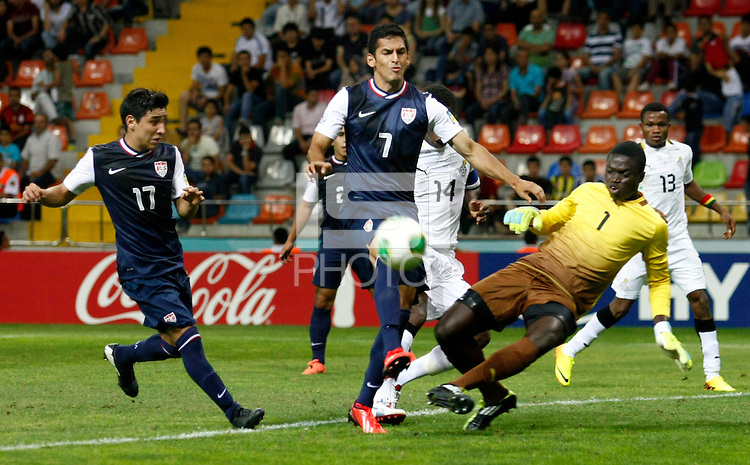 Ghana's goalkeeper Eric Antwi (2ndR) and USA's Victor Pineda (C), Daniel Garcia (L) during their FIFA U-20 World Cup Turkey 2013 Group Stage Group A soccer match Ghana betwen USA at the Kadir Has stadium in Kayseri on June 27, 2013. Photo by Aykut AKICI/TURKPIX