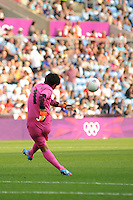 25.07.2012 Coventry, England. Miho FUKUMOTO (Japan) takes a goal kick during the Olympic Football Women's Preliminary game between Japan and Canada from the City of Coventry Stadium