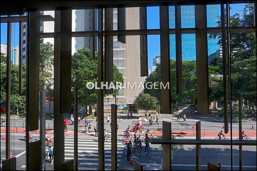 Casa Japan House e Avenida Paulista, domingo de lazer, Sao Paulo. 2018. Foto de Juca Martins.