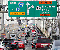 FORT LEE, NJ - DECEMBER 01: Cars move along the George Whasington bridge on December 01, 2018 in Fort lee, New Jersey. Acording to the The National Climate Assessment draws on input from 13 federal agencies, climate change will slice hundreds of billions of dollars out of the US economy. By the end of the century, climate change could cost the United States $500 billion per year.(Photo by Kena Betancur/VIEWpress)