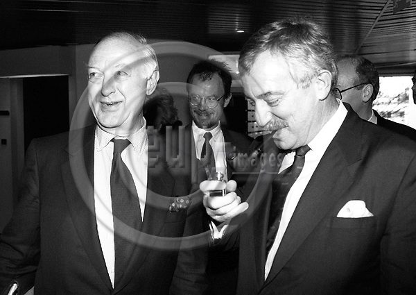 STRASBOURG - FRANCE - 20 January 1993 --  From left Niels Ersboell, Secretary General of the EU Council, and Uffe ELLEMANN JENSEN the Danish Foreign Minister on his last EU mission as minister during a visit to the European Parliament for the Danish Presidency.   PHOTO: ERIK LUNTANG / EUP-IMAGES.COM