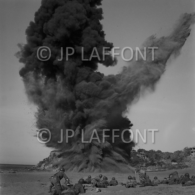 Ecole Militaire d'Infanterie de Cherchell, Algérie, August 1960. EOR (Eleves Officiers de Reserves) Excercise bomb explosion at close range.