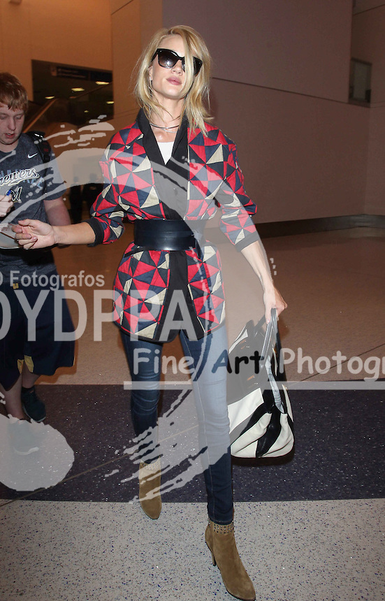 Rosie Huntington-Whiteley Sighted Arriving at LAX Los Angeles International Airport LA<br /> This pic:Rosie Huntington-Whiteley <br /> JOB REF: 18194PHZ/STPRDATE:14.05.2015