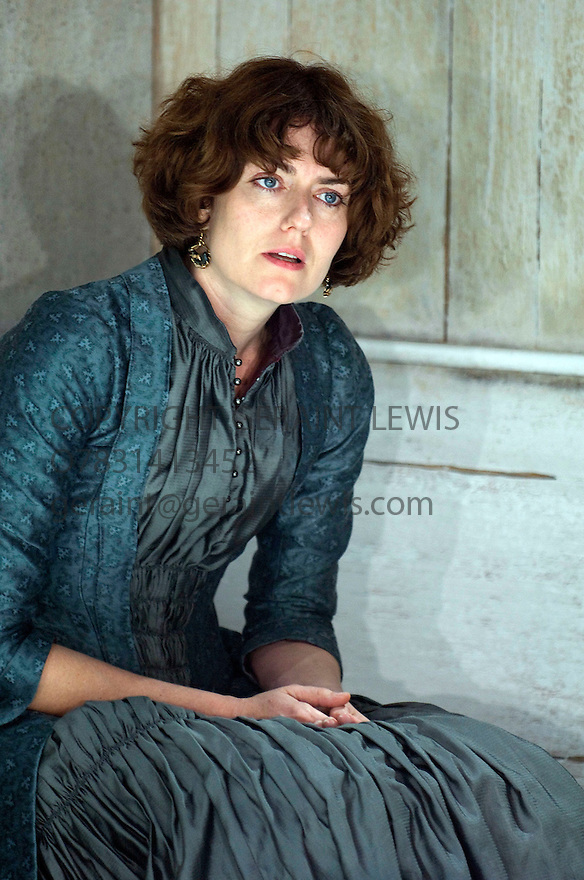 Creditors by Strindberg,a new version adapted by David Greig,directed by Alan Rickman.With Anna Chancellor as Telka .Opens at The Donmar Theatre on 30/9/08  CREDIT Geraint Lewis