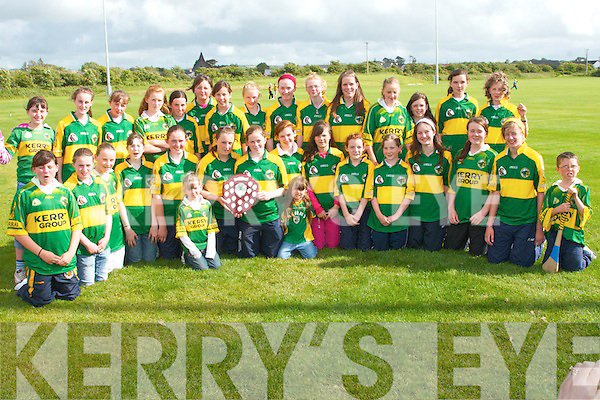 Kerry Under  fourteen Camogie Champions pose for a picture in Abbeydorney  on Sunday evening front.l-r Iarna Sheehan (Cillard), Mary Francis Walsh (Duagh), Maura Godley (Cillard), Isobel O'Connor, Katie Casey  ( Causeway), Megant Weir (Capt Abbeyliex). Marie Quirke (Abbeyleix)  Mairead Leen, Lorriane Herbert,  (Causew ay), Jessica Fitz ell (Cillard, Niamh Duffy (Duagh), Marian Leahy, Michelle Gillbert and Ainne Marie Leen  (Causeway).  Back l-r  Mairead Fitzgerald (Cillard, Katyln Sullivan, Louise Flaherty (Cillard), Niamh White (Causeway), Aoife Fitzgerald (Cilard, Aine O'Connor, Saidbhe Horgan  (Cilard),  Sara Murphy (Causeway) , Mairead McNamara (Duagh), Orla Young, Rachel McElligott (Cillard), Aisling mangan (Duagh), Linda Twoomy (Kenmare), missing from the picture is Caroline McCarthy ( Kenmare )..   Copyright Kerry's Eye 2008