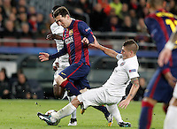FC Barcelona's Leo Messi (c) and Paris Saint-Germain's Blaise Matuidi (l) and Marco Verratti during Champions League 2014/2015 match.December 10,2014. (ALTERPHOTOS/Acero) /NortePhoto