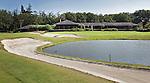 DEN DOLDER - Golfsocieteit De Lage Vuursche.Hole 18 met clubhuis. FOTO KOEN SUYK