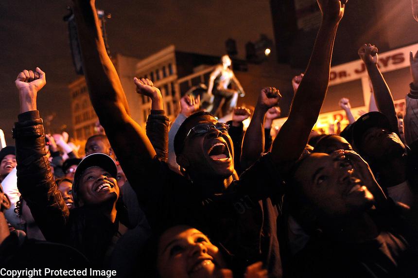 USA. Harlem 4th November 2008..Celebrations in Harlem as Barak Obama is named the President Elect..©Andrew Testa