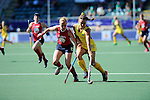 The Hague, Netherlands, June 12: Georgie Parker #19 of Australia fights for the ball with Lauren Crandall #27 of USA during the field hockey semi-final match (Women) between USA and Australia on June 12, 2014 during the World Cup 2014 at Kyocera Stadium in The Hague, Netherlands. Final score after full time 2-2 (0-1). Score after shoot-out 1-3. (Photo by Dirk Markgraf / www.265-images.com) *** Local caption ***