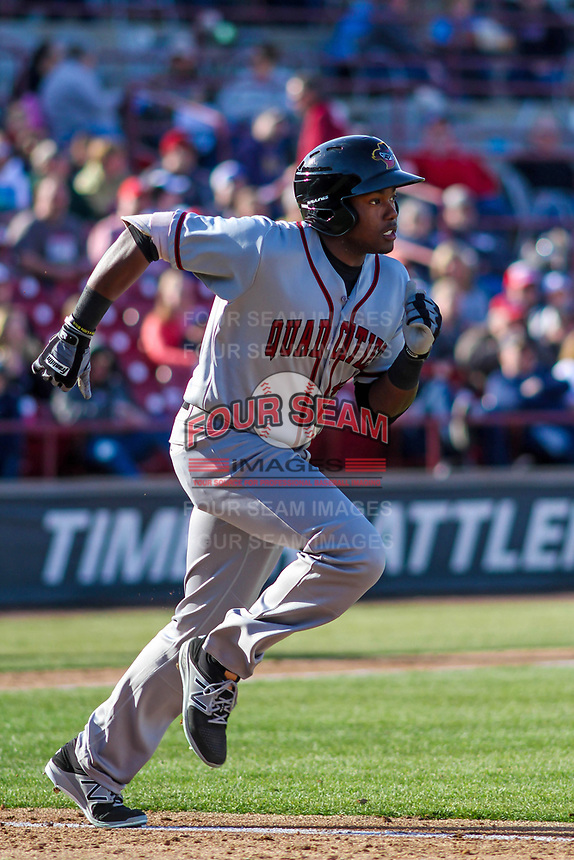 Quad Cities River Bandits outfielder Ronnie Dawson (12) runs to first during a Midwest League game against the Wisconsin Timber Rattlers on April 8, 2017 at Fox Cities Stadium in Appleton, Wisconsin.  Wisconsin defeated Quad Cities 3-2. (Brad Krause/Four Seam Images)
