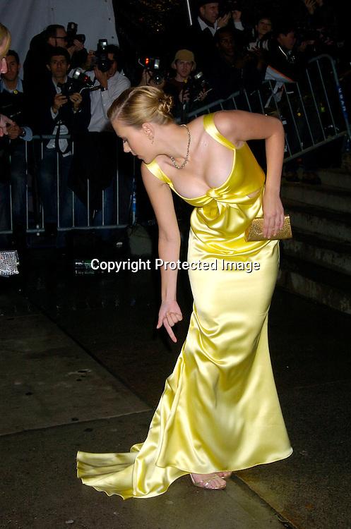 Gold Dresses for Women - Macy's