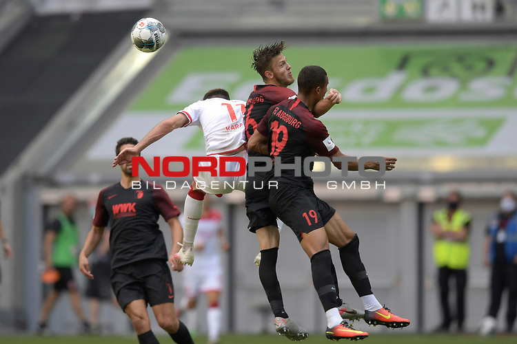 v.li:<br />Kenan KARAMAN (Fortuna Duesseldorf),<br />Jeffrey GOUWELEEUW (Augsburg),<br />Chris Felix UDUOKHAI  (FC Augsburg).<br />Aktion,Zweikampf.<br /><br />Fussball 1. Bundesliga, 33.Spieltag, Fortuna Duesseldorf (D) -  FC Augsburg (A), am 20.06.2020 in Duesseldorf/ Deutschland. <br /><br />Foto: AnkeWaelischmiller/Sven Simon/ Pool/ via Meuter/Nordphoto<br /><br /># Editorial use only #<br /># DFL regulations prohibit any use of photographs as image sequences and/or quasi-video #<br /># National and international news- agencies out #