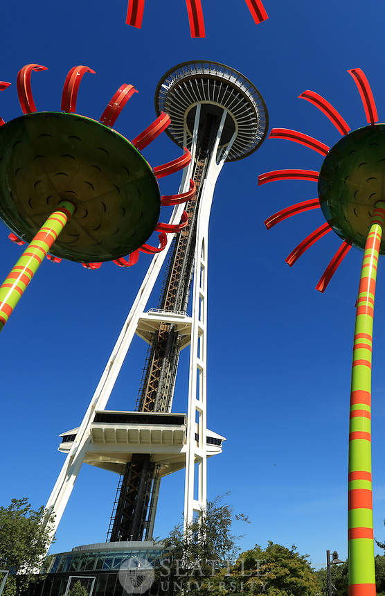 07302014- Seattle's Pacific Science Center and Space Needle