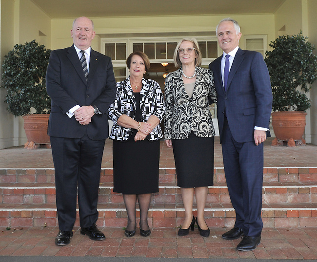 Australian Prime Minister Malcolm Turnbull (R) has official photographs with Governor General Sir Peter Cosgrove (L), Lynn Cosgrove (2L and Lucy Turnbull (2R) at Government House, Canberra on September 15, 2015. Photographer: Mark Graham/Bloomberg