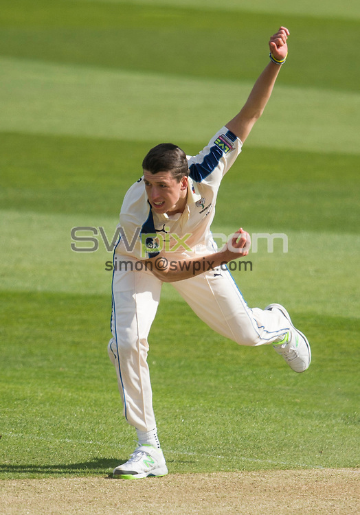 Picture by Allan McKenzie/SWpix.com - 26/04/2015 - Cricket - LV County Championship Div One - Yorkshire County Cricket Club v Warwickshire County Cricket Club - Headingley Cricket Ground, Leeds, England - Yorkshire's Matthew Fisher bowling.