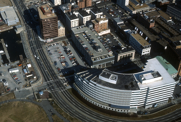 1987 January ..Redevelopment.Downtown South (R-9)..WORLD TRADE CENTER...NEG#.NRHA#..
