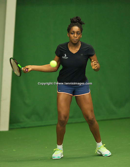 Almere, Netherlands, December 6, 2015, Winter Youth Circuit, Sylvia Okafor (NED)<br /> Photo: Tennisimages/Henk Koster