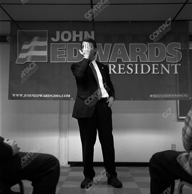 Senator John Edwards campaigns during a 6 city tour of Iowa, January 2004.