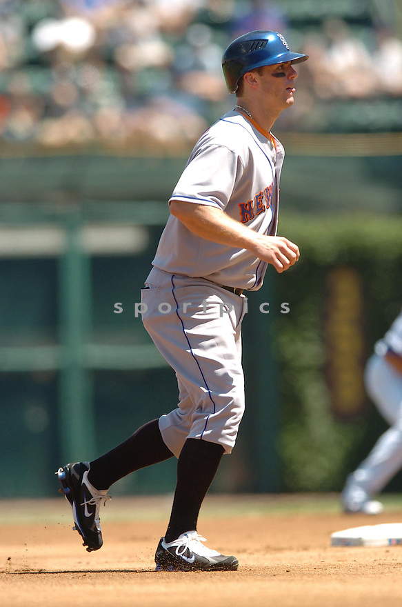 DAVID WRIGHT, of the New York Mets , in action during the Mets game against the Chicago Cubs  in Chicago, IL on August 3, 2007...Mets win 6-2...DAVID DUROCHIK / SPORTPICS...