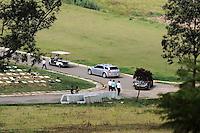 SANTO ANDRE, SP,  04 DE ABRIL 2013 - Mulher que foi encontrada morte em Itapecirica da Serra e enterra hoje no Cemiterio Memorial de Santo Andre ABC (FOTO: ADRIANO LIMA / BRAZIL PHOTO PRESS).