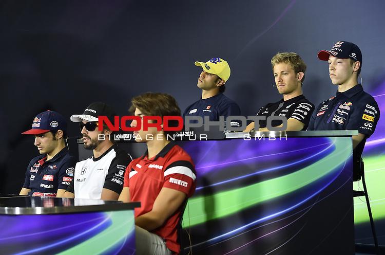 07.05 - 10.05.2015, Circuit de Catalunya, Barcelona, ESP, Formel 1, 2015,  im Bild  Carlos Sainz Junior (SPA), Scuderia Toro Rosso - Fernando Alonso (ESP),  McLaren F1 Team - Roberto Merhi (SPA) Marussia F1 Team - Felipe Nasr (BRA) Sauber F1 Team - Nico Rosberg (GER), Mercedes GP - Daniil Kvyat [RUS], Red Bull Racing<br />  Foto &copy; nph / Mathis
