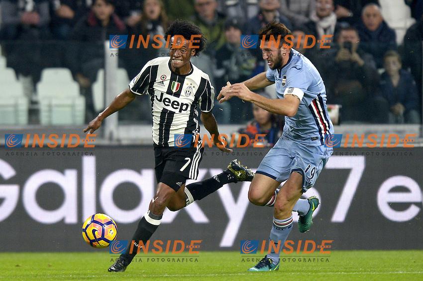 Juan Cuadrado Juventus, Vasco Regini Sampdoria,<br /> Torino 26-10-2016, Juventus Stadium, Football Calcio 2016/2017 Serie A, Juventus - Sampdoria, Foto Filippo Alfero/Insidefoto
