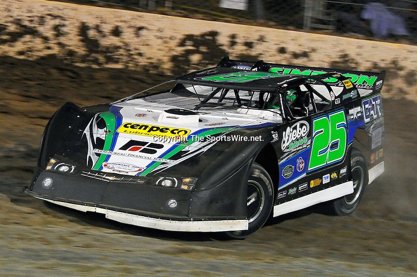 Sep 10, 2010; 8:31:17 PM; Rossburg, OH., USA; The 40th annual running of the World 100 Dirt Late Models racing for the Globe trophy at the Eldora Speedway.  Mandatory Credit: (thesportswire.net)