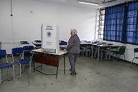 SÃO PAULO,SP, 02.10.2016 - ELEIÇÕES- SÃO PAULO- Luiza Erundina candidata a Prefeitura de São Paulo é vista registrando seu voto no Colegio Ruy Bloem no bairro Mirandopolis na região Sul de São Paulo neste Domingo 02 (Foto: Carlos Pessuto/Brazil Photo Press)