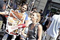 Roma, 2 Settembre 2015<br /> Le e i giovani occupanti dello spazio Degage sgomberato, insieme ai movimenti per il diritto all'abitare in conferenza stampa davanti la Prefettura per lanciare il corteo cittadino del 4 Settembre vietato dalla questura.