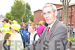 END OF AN ERA: Br. Fred Doherty who is the last Christian Brother teaching in Kerry directing pupils after school outside CBS Tralee on Monday.   Copyright Kerry's Eye 2008